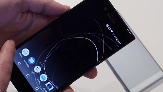 Sony XZs bat song yeu
