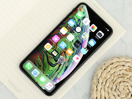 iphone xs max do man hinh