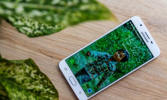 Samsung J7 Prime bi loan cam ung