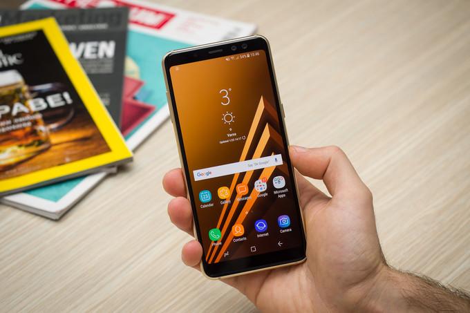 Thủ thuật chống trầy xước mặt kính cho Samsung A8
