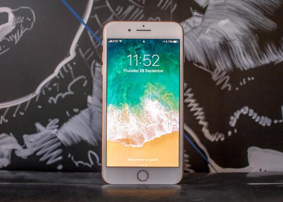 loi iPhone 8 Plus chai pin